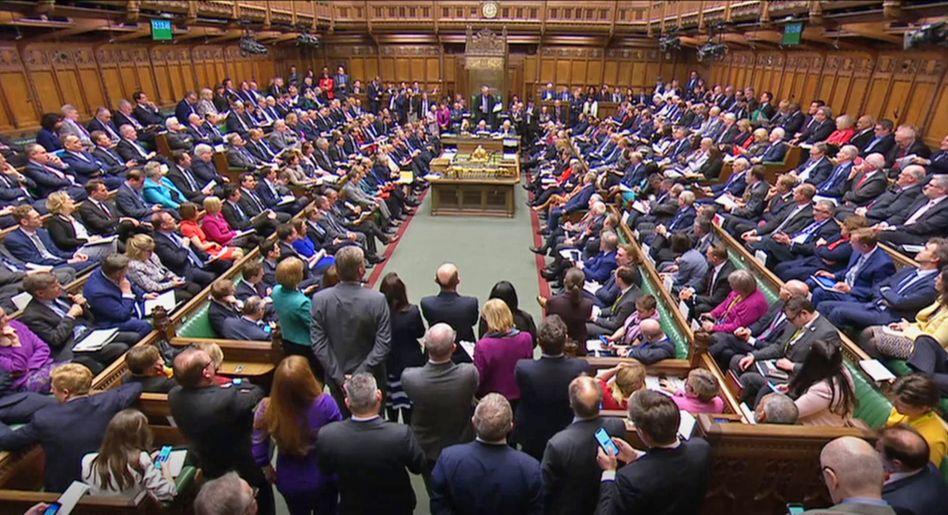 Begonnen hatte die Zwangspause des britischen Parlaments in der Nacht zum 10. September. Laut Supreme Court ist sie nicht rechtens. Am Mittwoch kommen die Parlamentarier wieder zusammen.