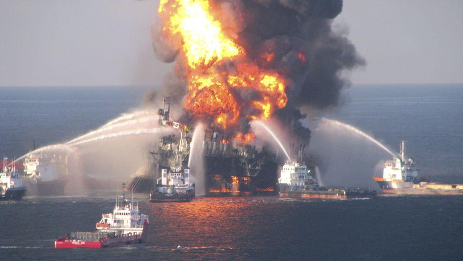 """Brand auf der """"Deepwater Horizon"""": 780 Millionen Liter Öl ausgelaufen"""