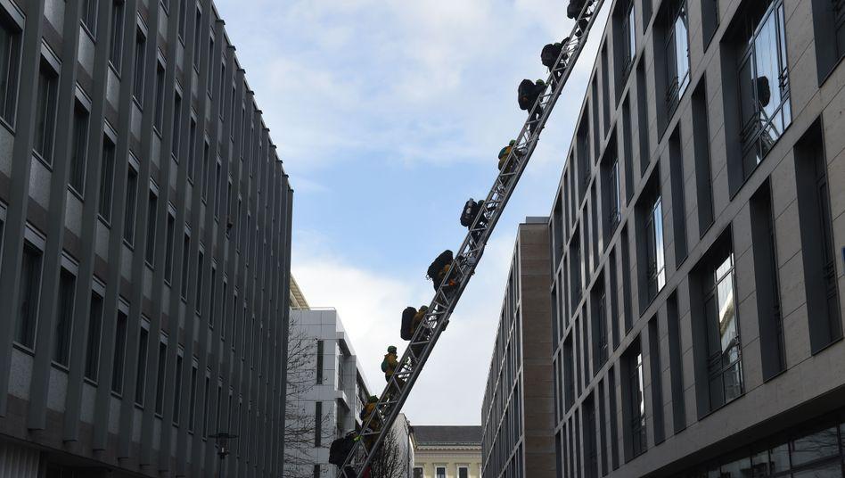 Siemens-Zentrale in München (bei Greenpeace-Protestaktion am Dienstag)