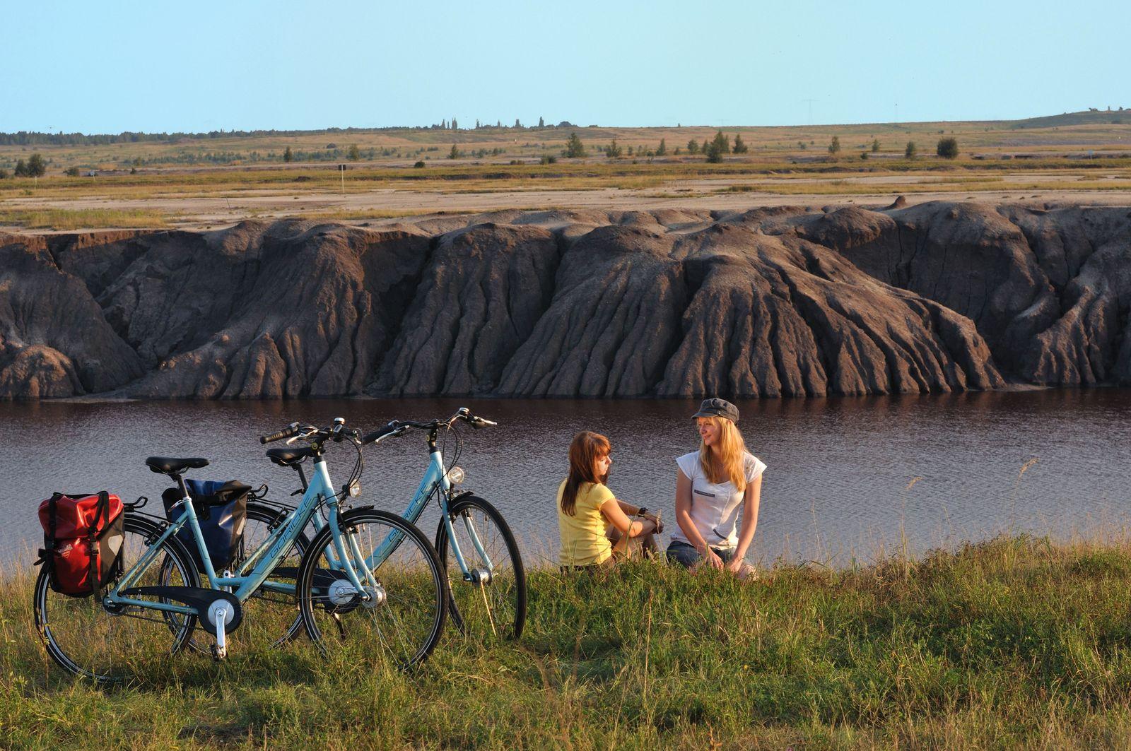 Radfahrer am Großräschener See.