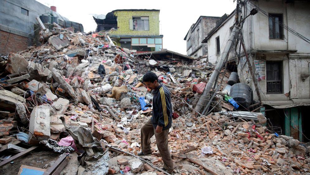 Katastrophe im Himalaya: Nepal kämpft mit den Folgen des Bebens