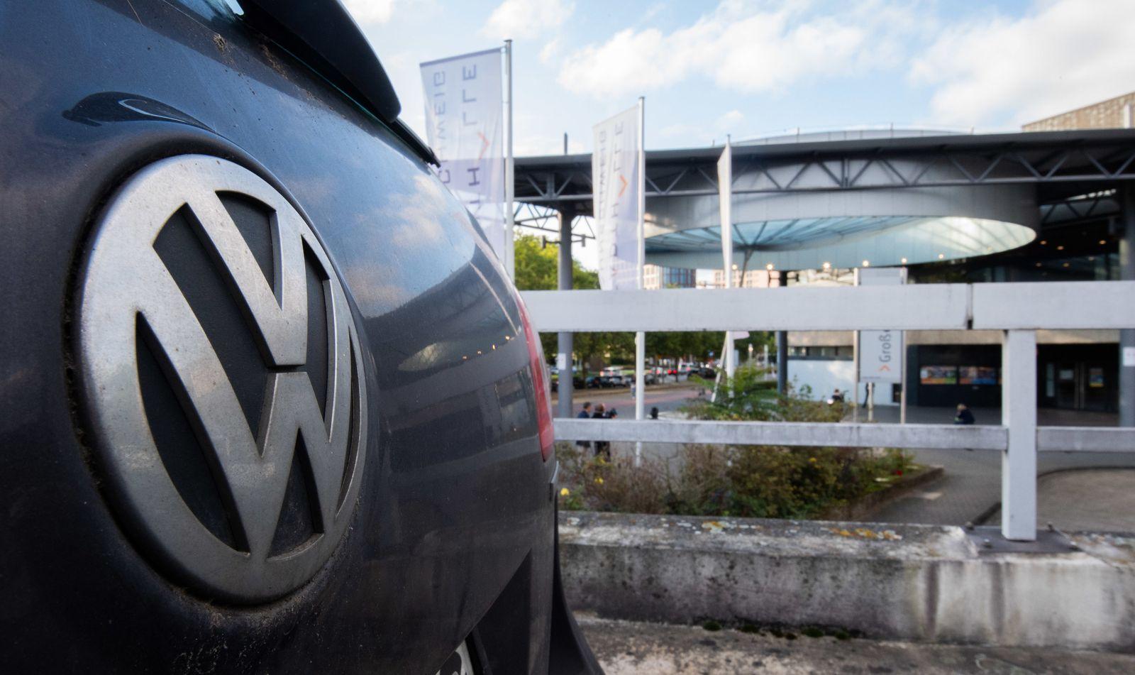 Strafprozess gegen vier Angeklagte im VW-Abgasskandal