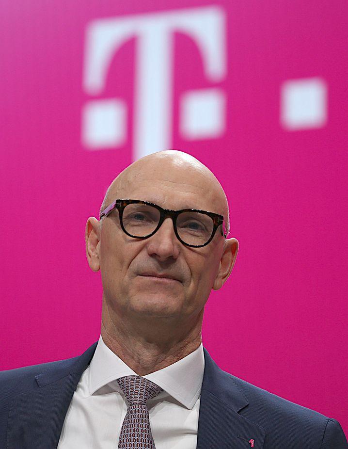 Timotheus Höttges: Hängen die Briten von Vodafone sein lahmes DSL-Netz ab?