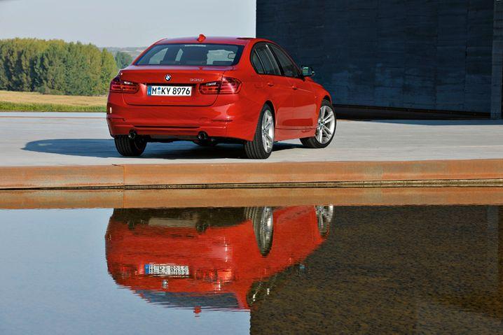 BMW 3er: Seit Oktober mit neuem Kleid