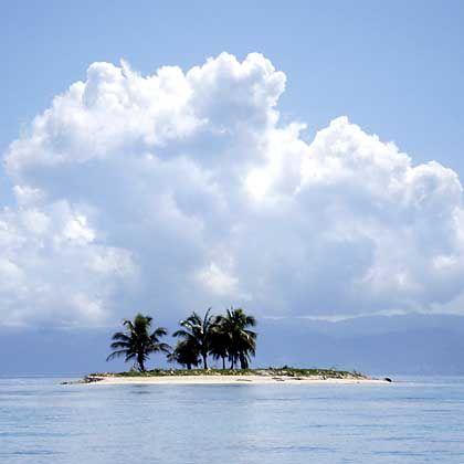 Reif für die Insel: Manches Eiland vor der Küste von Honduras ist völlig unbewohnt