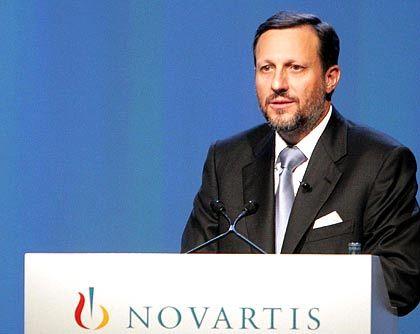 Daniel Vasella, CEO of Novartis: Schweizer kaufte den Strüngmanns ihre Perle ab