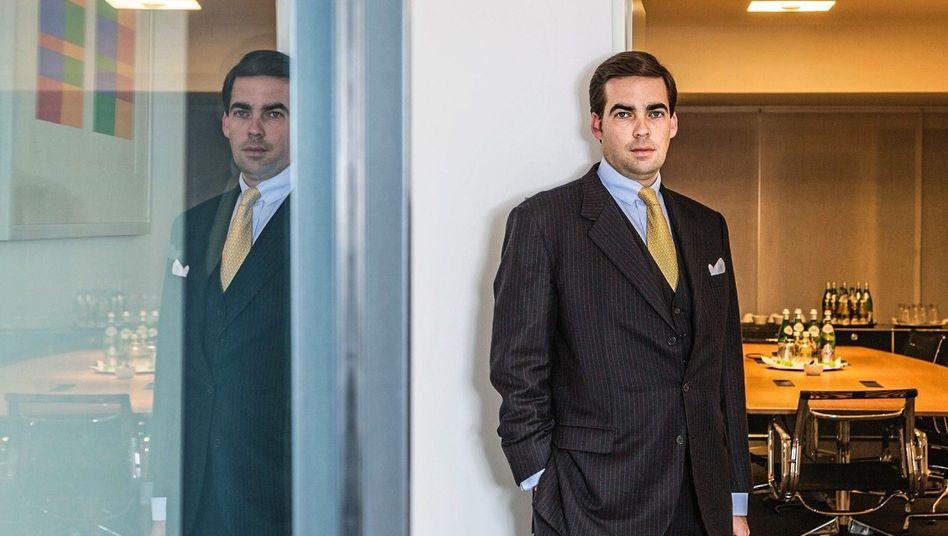 Christoph Zeiss (44) ist Managing Partner der Personalberatung Heads. Das Unternehmen gehört zu den führenden deutschen Headhuntern bei der Suche nach Vorständen und Aufsichtsräten.