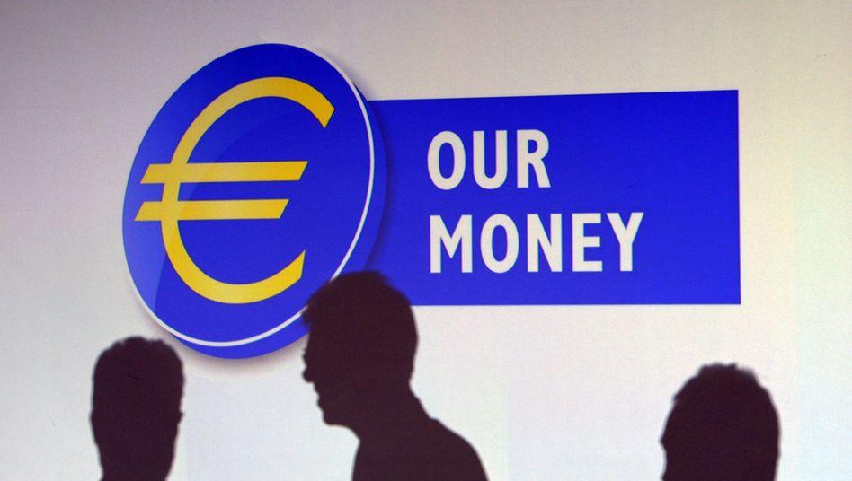 Schattenmänner: Die Kräfte, die den Euro-Kurs bewegen, liegen zum Teil im Dunkeln