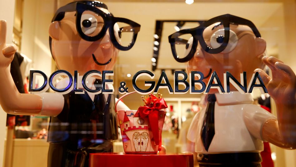 Karikaturen der italienischen Designer Domenico Dolce und Stefano Gabbana