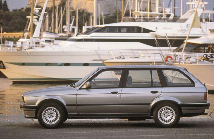 Sportlicher Kombi: Den 3er Touring bot BMW mit teils kräftigen Triebwerken und sogar mit Allrad an.