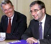Paul Achleitner (rechts) mit Henning Schulte-Noelle: Der Ex-Investmentbanker zieht bei Beiersdorf die Fäden