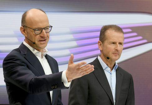 Arbeitsfreunde: Der künftige Finanzvorstand Arno Antlitz (l.) und Konzernchef Herbert Diess (r.).