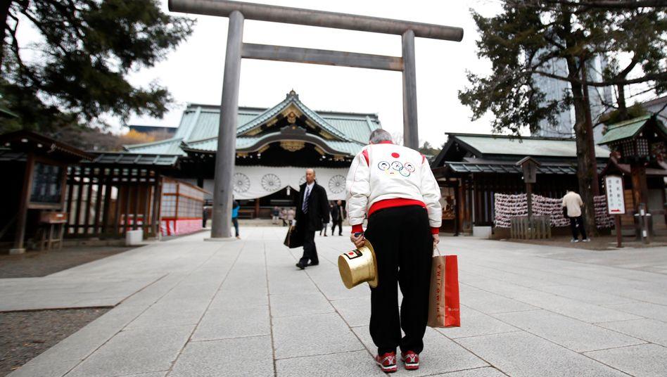 Schrein in Tokio: Die Steuererhöhung könnte die Nachfrage abwürgen