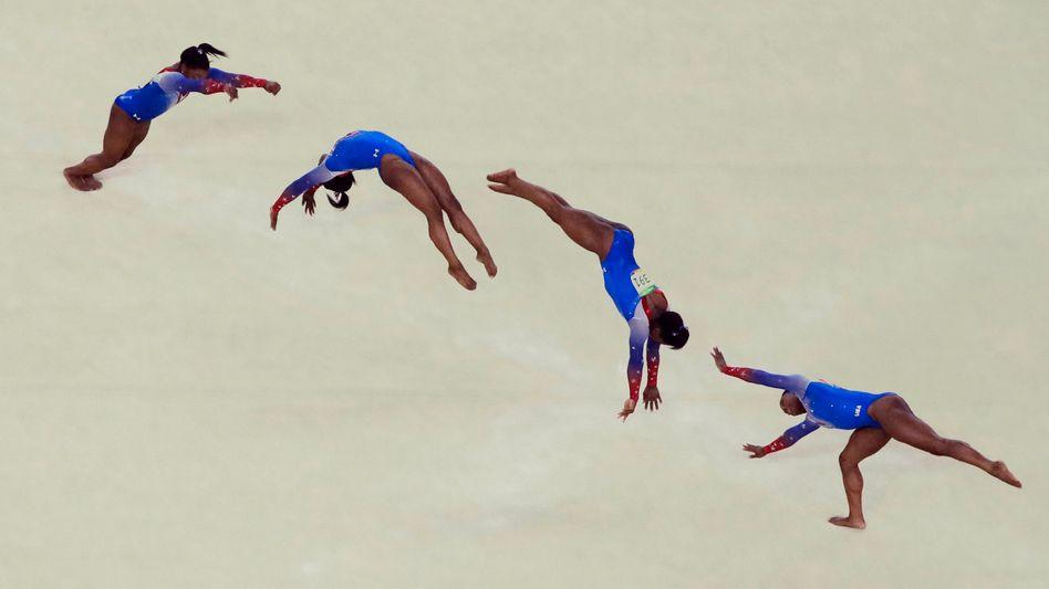 Sportlerin Simone Biles: Wie ist das, wenn man im Beruf die Reißleine zieht?
