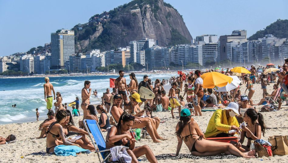 So sonnig sind die Aussichten nur am Strand von Rio de Janeiro: Brasiliens Wirtschaft wird von der Corona-Pandemie schwer in Mitleidenschaft gezogen