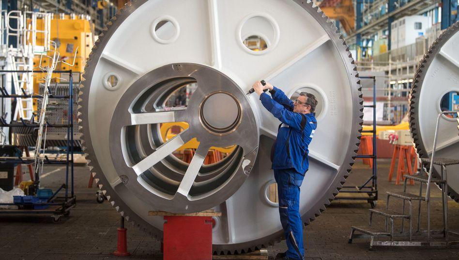 Deutschlands Maschinenbauer halten trotz internationaler Handelskonflikte und politischer Krisen an ihren Wachstumsplänen für dieses Jahr fest.