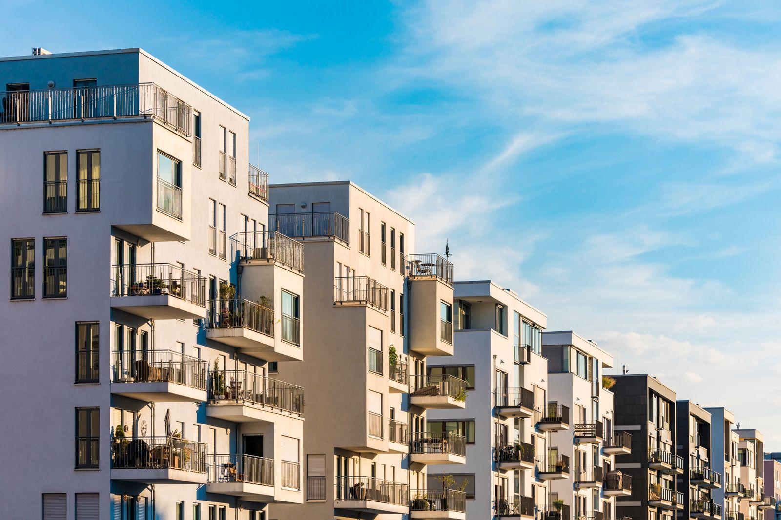 Mietwohnungen Frankfurt / Häuserzeile