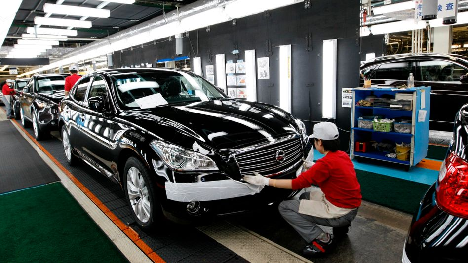 Bald wieder altes Produktionsniveau: Japans Fabriken steigern Fertigung
