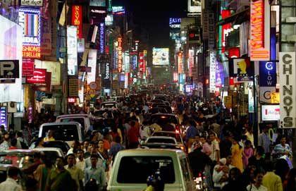 Bangalore: Massen in Bewegung