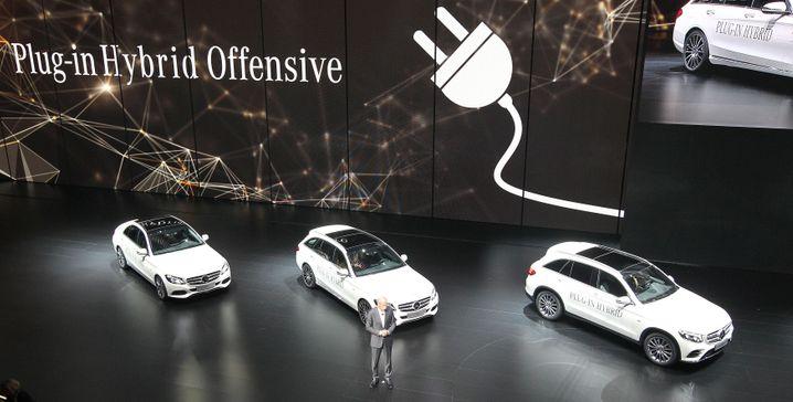Hybrid-Offensive bei Daimler: Zetsche präsentiert vier Plugin-Hybridmodelle mit Elektromotor