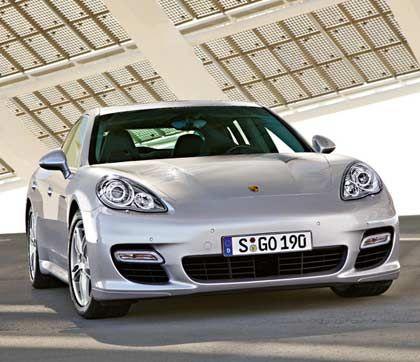 Hoffnungsträger: Ab September verkauft Porsche den neuen Panamera - hilft er den Absatzzahlen wieder auf die Beine?