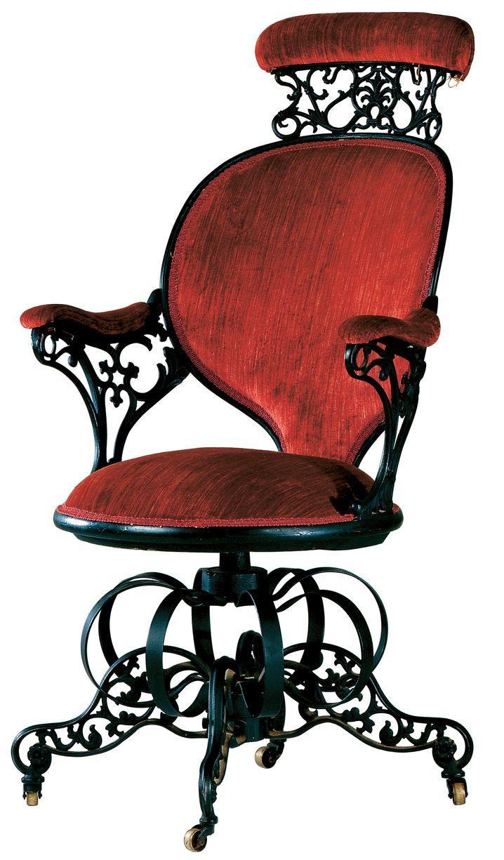 Heftig verschnörkelt: Thomas Warren gestaltete diesen Stuhl 1849 für die American Chair Company
