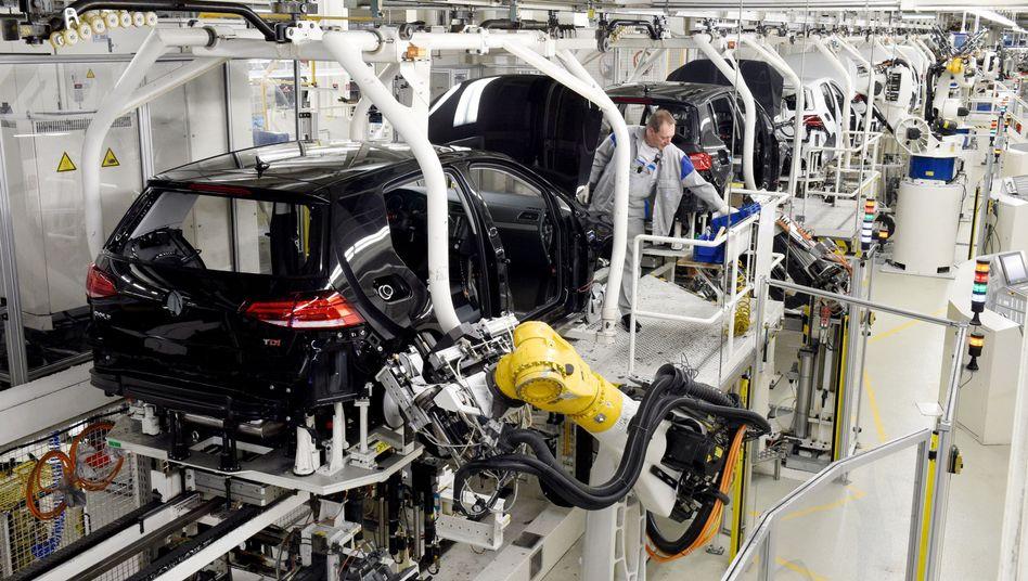 Produktion des VW Golf 7 in Wolfsburg.