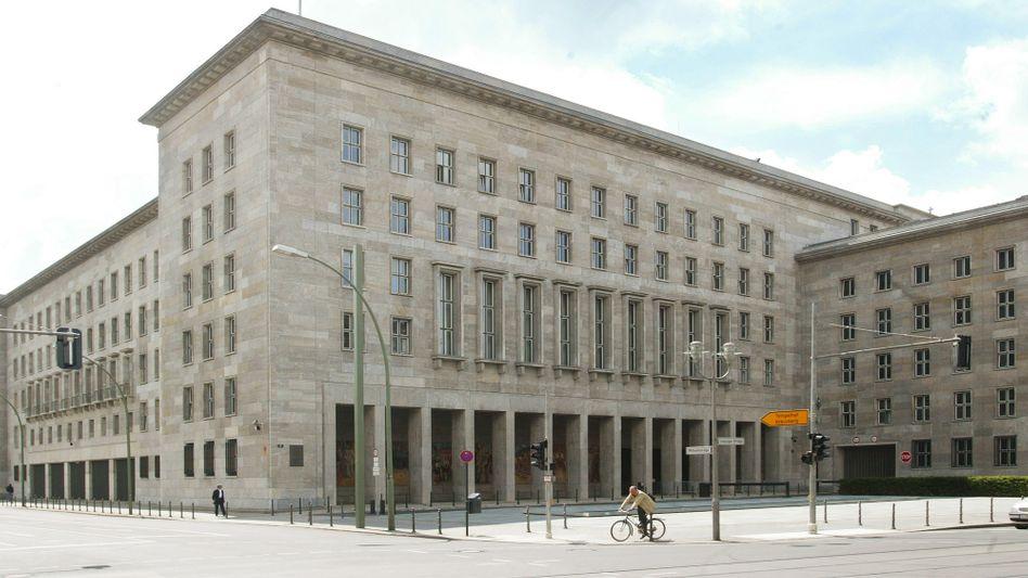 Bundesfinanzministerium: Versicherungen müssen sich dem Niedrigzinsumfeld anpassen