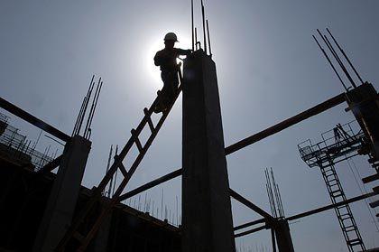 Der Himmel als Limit: Mit Bauen lässt sich wieder Geld verdienen. Finanzierer wie Hypo Real Estate profitieren davon