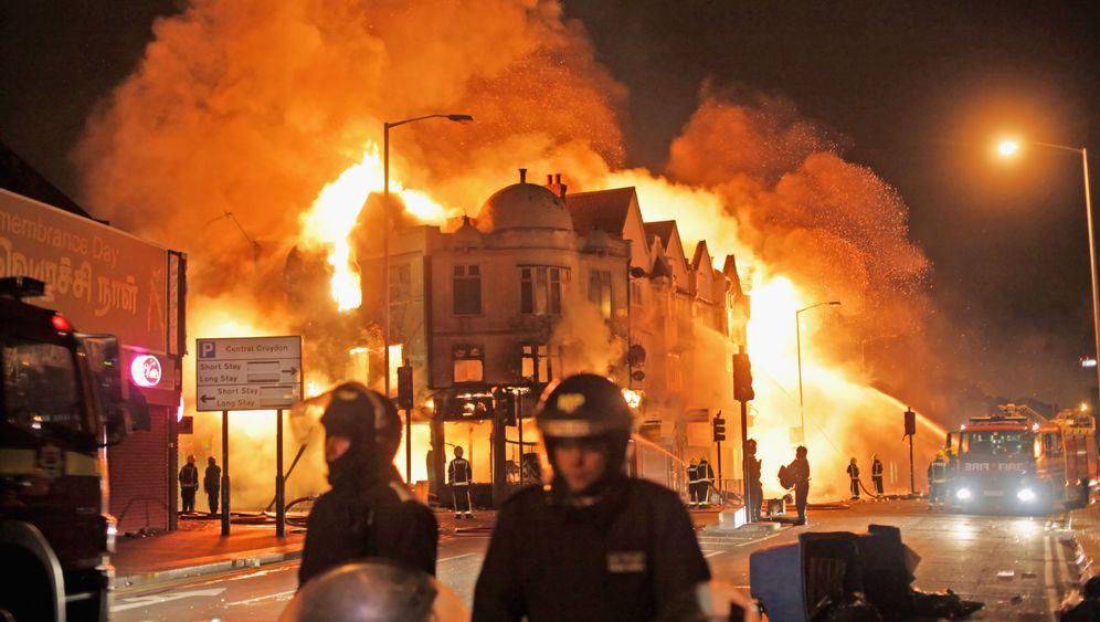 Jugendgewalt in London: Plündern, Brandschatzen, Zerstören