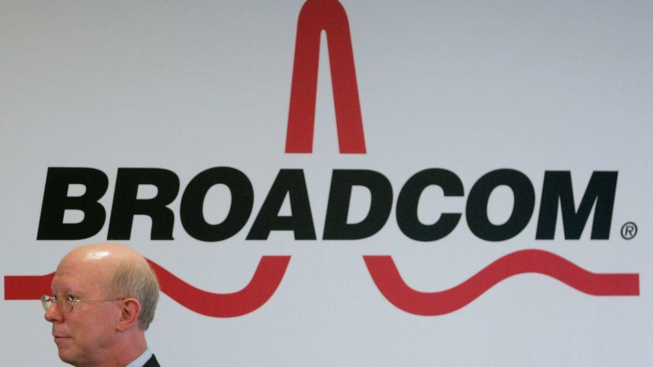 Wenn es darum geht, den Widerstand des Wettbewerbers Qualcomm zu brechen, spielt Geld für Broadcom: offenbar keine Rolle mehr