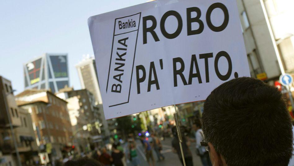 Protest gegen Rodrigo Rato: Spaniens Justiz geht gegen Ex-Bankia-Manager vor
