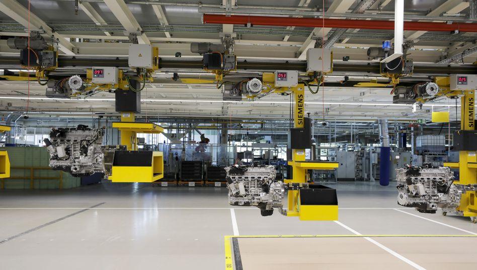 Ungewohnter Stillstand: Mercedes-Fabrik während der Corona-Hochzeit im Frühjahr