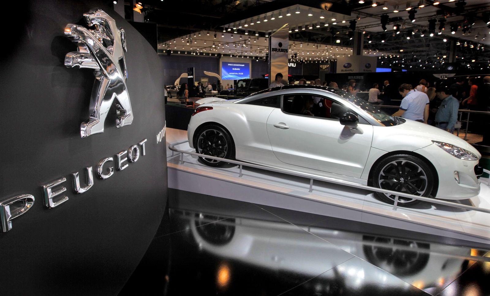 Peugeot /Logo/ RCZ Black Yearling