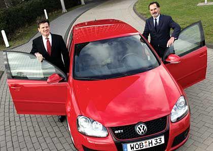 Mit hunderten Experten zur Golf-Kostenklausur: Bernhard, Pischetsrieder mit Golf GTI