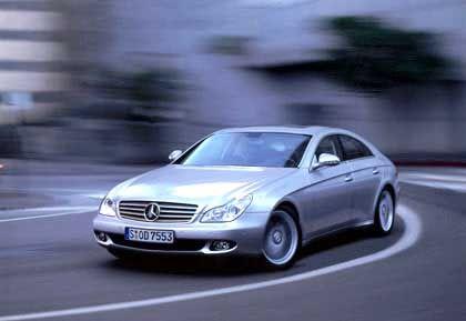 Mercedes CLS: Die Rolle des Schönlings übernimmt bei Mercedes zurzeit der CLS. Immerhin gut 3200 Käufer entschieden sich im Premierenjahr 2004 für das viertürige Coupé.