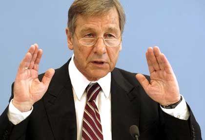 Optimismus: Wirtschaftsminister Clement sieht eigene Prognosen bestätigt