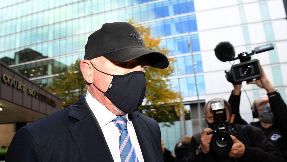 Boris Becker vor dem Gerichtsgebäude in London: Dem Ex-Tennisprofi drohen bis zu sieben Jahre Haft.