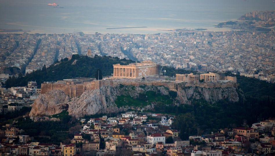 Die Regierung in Athen ringt um die Auszahlung weiterer Hilfskredite, um die Staatspleite abzuwenden.
