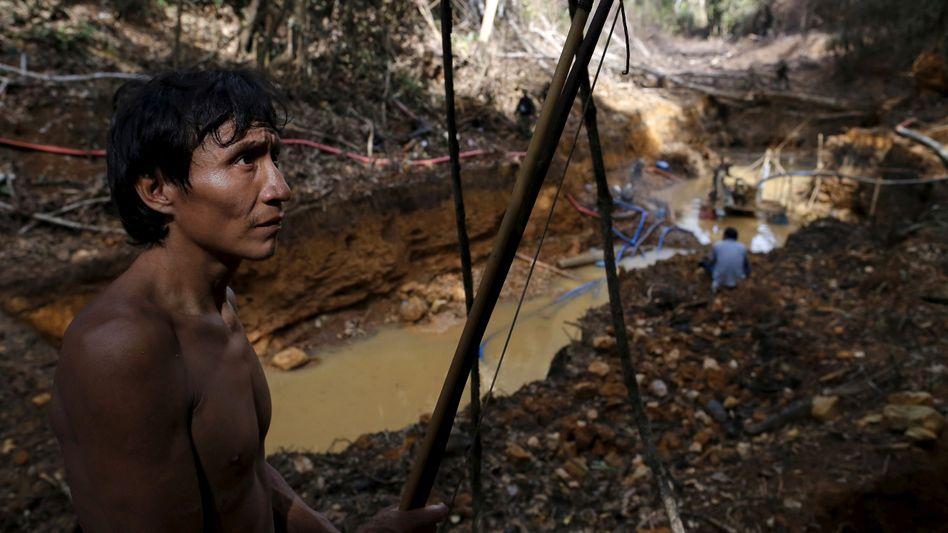 Illegal und ohne Rücksicht auf die Natur: Goldgräber schürfen im Gebiet der Yanomani-Indigenen im brasilianischen Amaonas-Gebiet