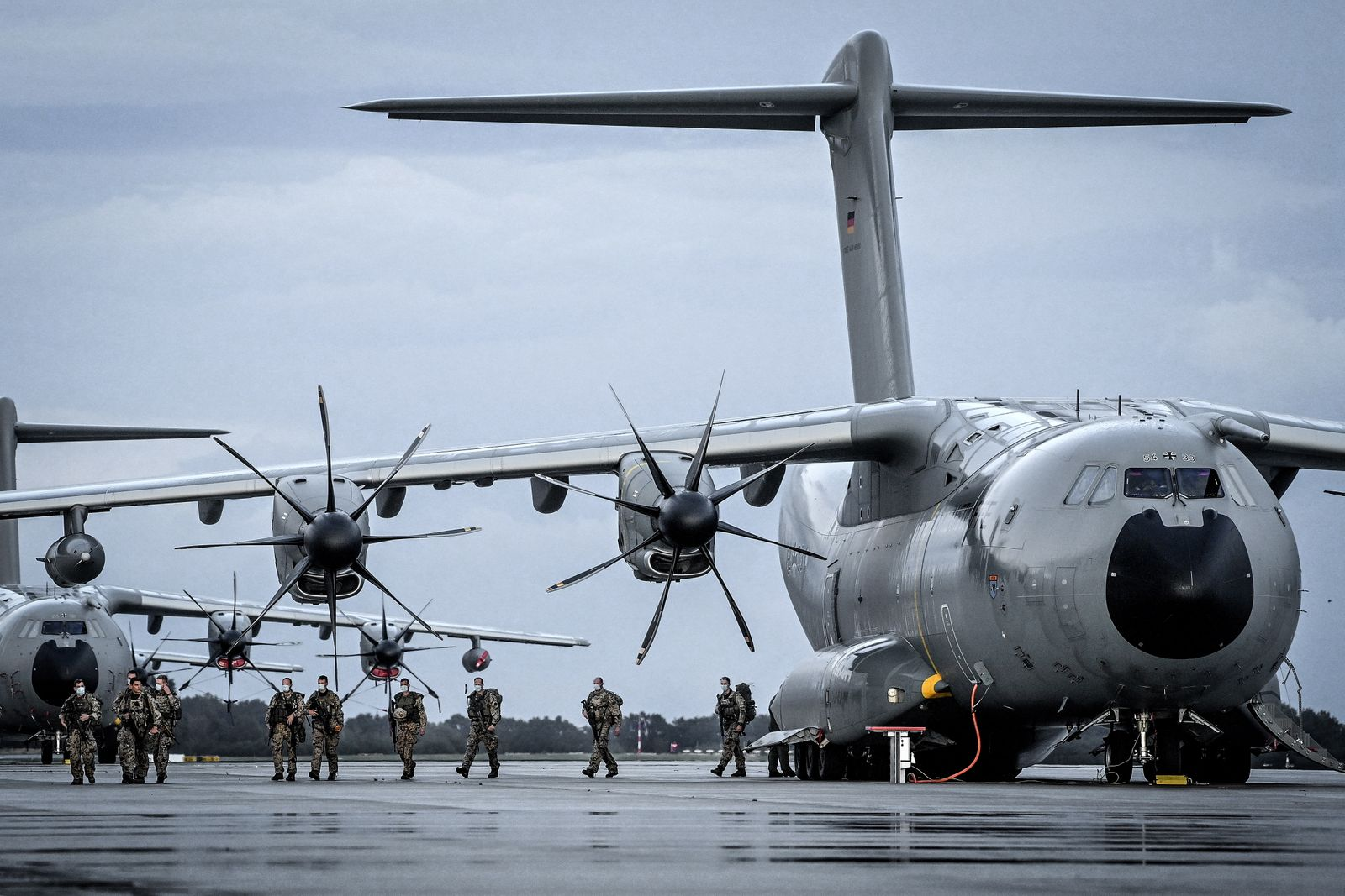 Last Bundeswehr aircrafts from Tashkent with 600 army soldiers arrive in Wunstorf
