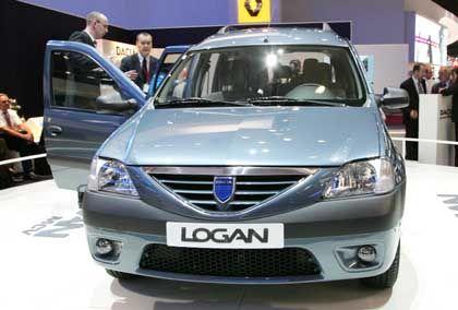 Trendsetter: Billige Autos - hier ein Dacia - haben sich in den Verkauflisten an die Spitze gesetzt