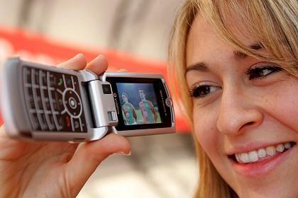 Anführer: Vodafone wirbt schon virtuell, aber muss auch mit Kritik in Web-Foren leben
