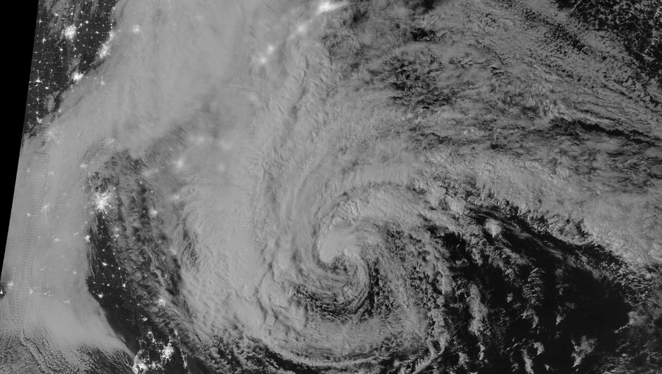 """Hurricane """"Sandy"""" über den USA (2012): Für GM ist der Zündschlossskandal wie ein verheerender Wirbelsturm"""