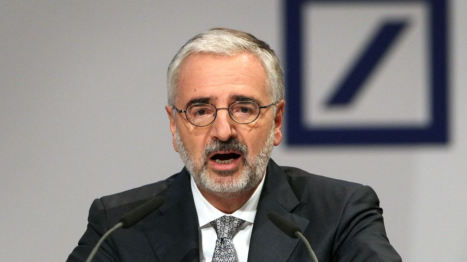 Es wird dieses Jahr vermutlich nicht einfacher: Paul Achleitner, Aufsichtsratschef der Deutschen Bank, auf der Hauptversammlung 2015.