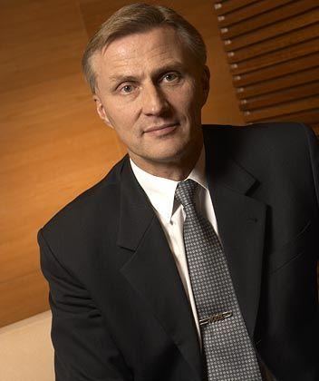 Anssi Vanjoki fungiert als Executive Vice President und Multimediavorstand bei Nokia in Finnland. Vanjoki, Jahrgang 1956, gehört dem Konzern seit 1991 an. 1998 wurde er in den Vorstand berufen.