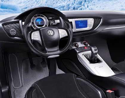 Cockpit der Zukunft: So stellt sich VW die Kommandozentrale in den kommenden Autos der Marke vor - aufgeräumt, puristisch und so sportlich wie möglich