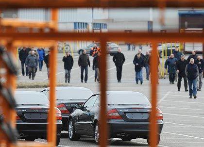 Wieder Hoffnung: 1600 Beschäftigte des insolventen Autobauers sollen in einer Transfergesellschaft aufgenommen werden