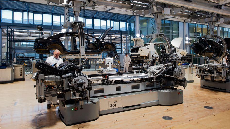 """""""Gläsernen Manufaktur"""" von Volkswagen in Dresden"""