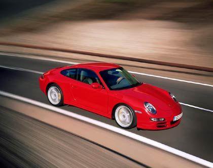 Oberfläche: Der neue 911er hat wieder ein Unschuldsgesicht, aber verräterische Muskeln